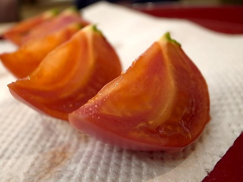 本当のトマト。