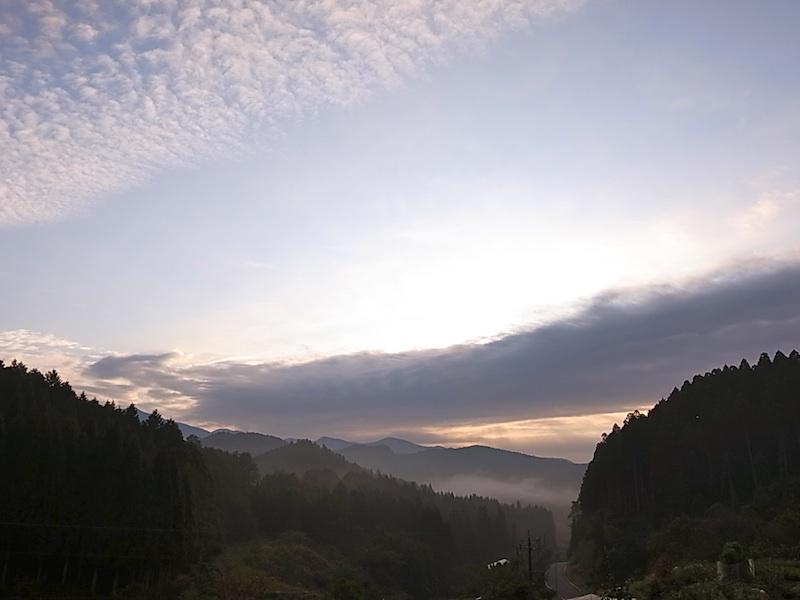 日の出は近い。