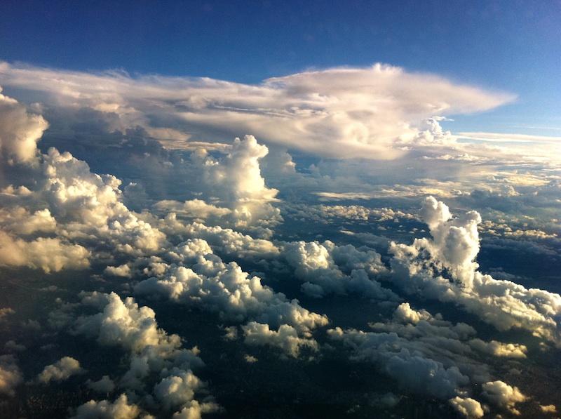 雲を上から見る。