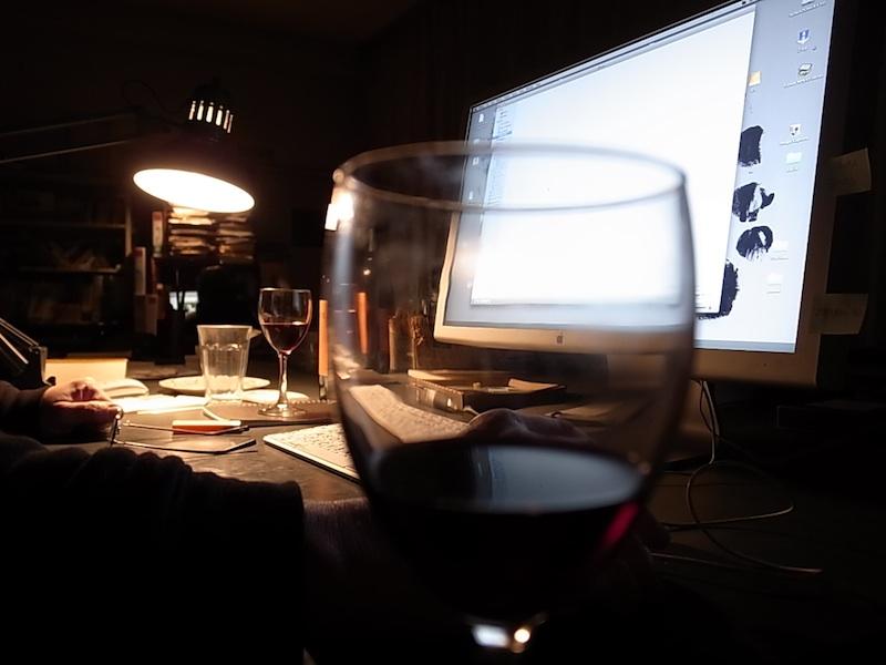 淡路ノマド村でワイン。
