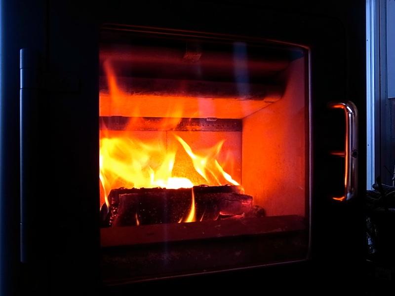 裸火はいい。