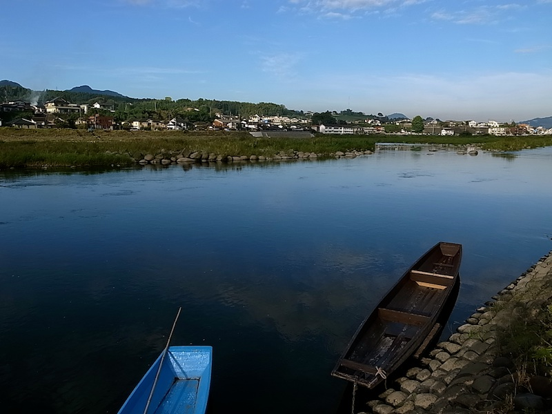三隈川河畔へ。